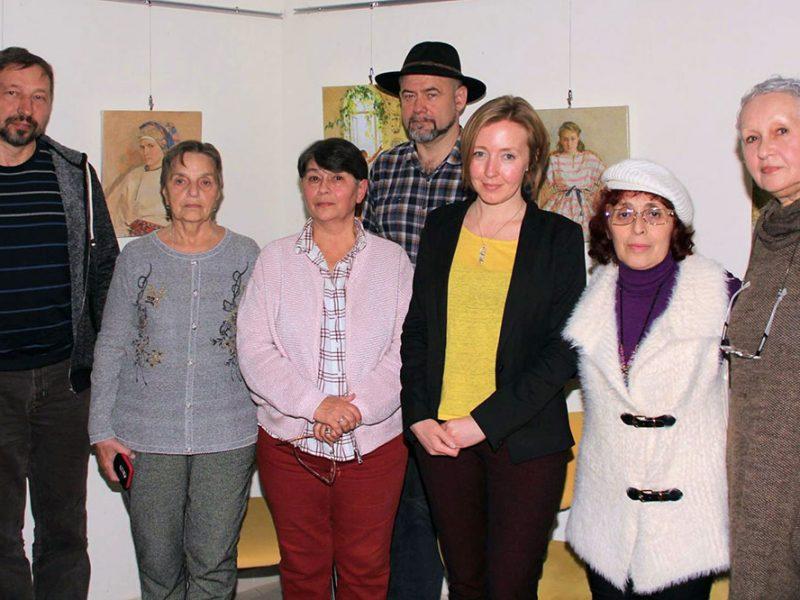 Організатори і учасники виставки Тетяни Яблонської. (Фото: Ісай Фуксман)